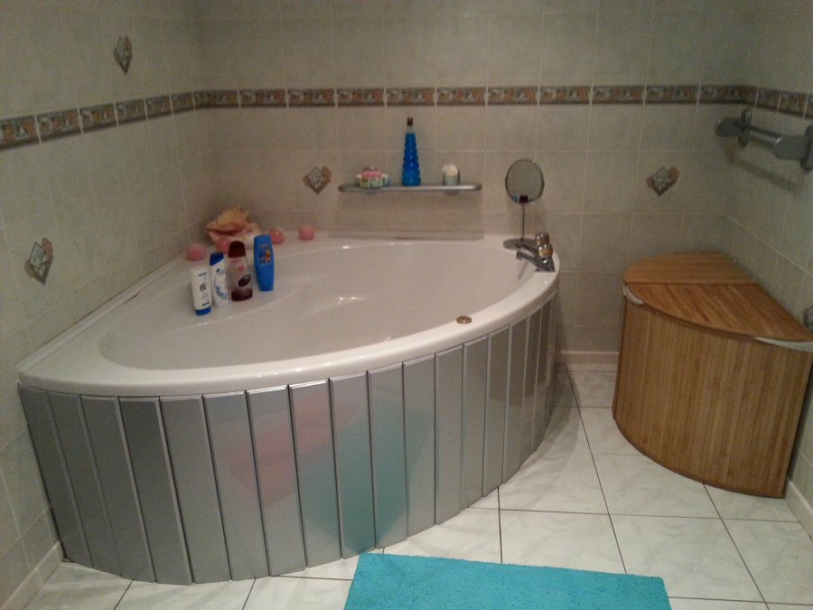 Silver Mdf Flexible Bath Panel Ideal For Corner Bath And